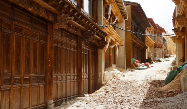 Rebuilding the old town of Shangri La (Zhongdian), Yunnan. after the all devastating fire on January 11, 2014