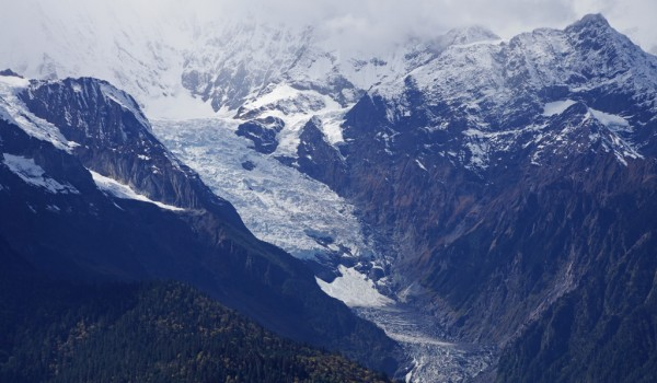The mountain range with glaciers of holy Karwa Kharpo at Deqin, Yunnan