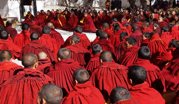 Lhasa: special ceremony at Sera Monastery