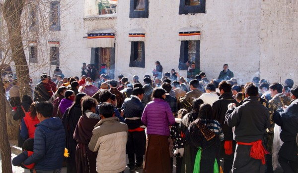 Special ceremony at Sera Monastery, Lhasa: in a procession the monk was who had passed the highest exams, was escorted to his residential building in the monastery