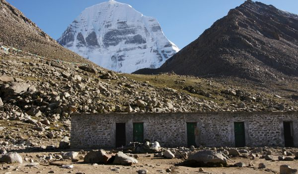 Day 1 of the kora: the guesthouse at an altitude of about 5.000m. Resting and sleeping time after a long day walking (2010)