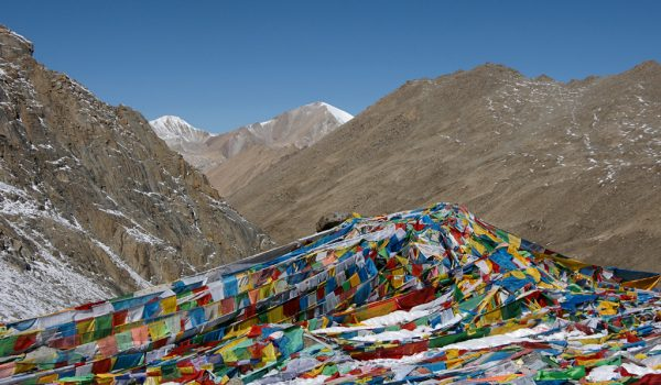 Day 2 of the kora: prayer flags at Drolma La pass at an altitude of 5.660m (2010)