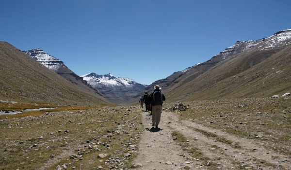 Day 2 of the kora: walking the kora in the Lham-chu Valley (2010)