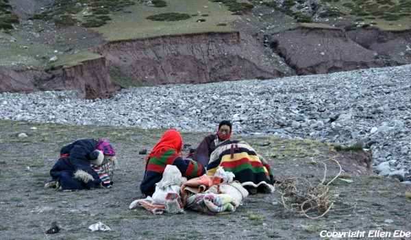 Day 3 of the kora: pilgrims having spent the night in the open air in the Lham-chu Valley early in the morning (2010)