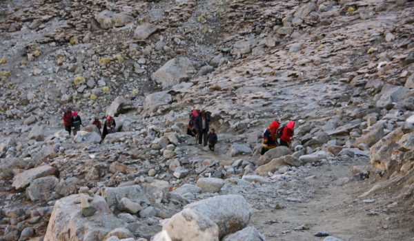 Day 2 of the kora: the final and steep ascent to Drolma La (2011)