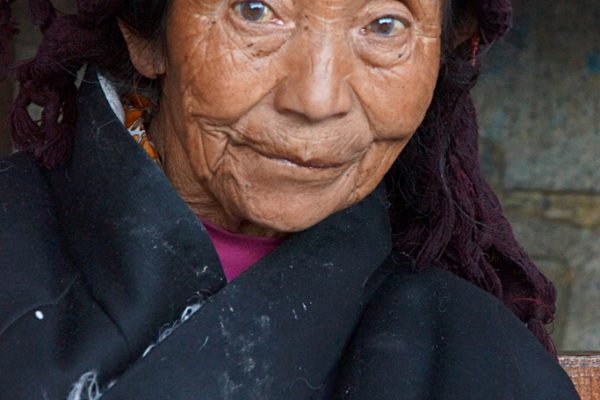Lhasa: portrait of an older woman at the Barkhor