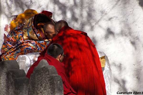 Lhasa: very special ceremony at Sera Monastery