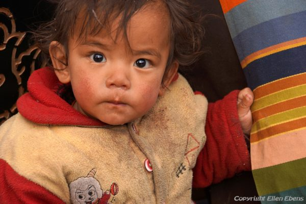 Lhasa: young child at the Barkhor