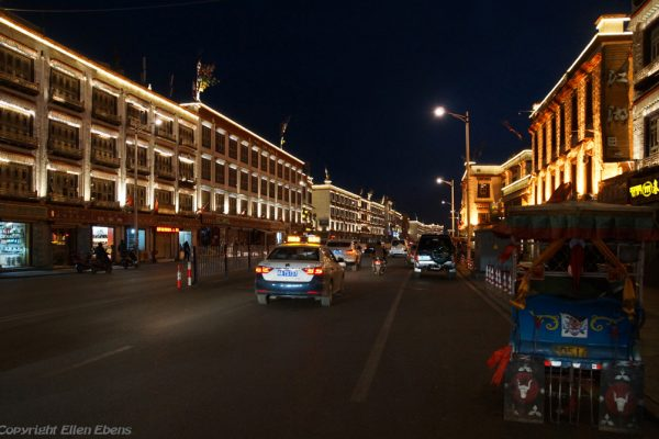Lhasa: Beijing East Road by night