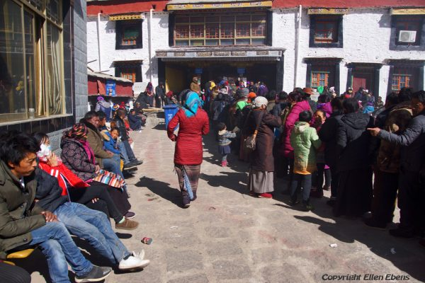 Pilgrims waiting for hours at Yasang Monastery for the water blessing. Yasang Monastery (in the valley behind Tsedang)