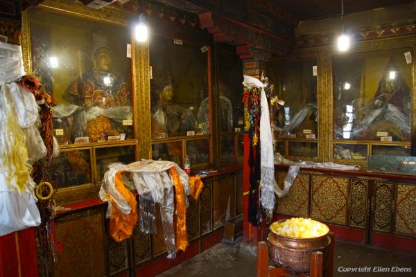 Lhasa: inside a chapel at Pabongka Monastery