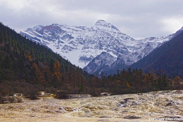 Huanglong National Park: Seven Mile Golden Sand