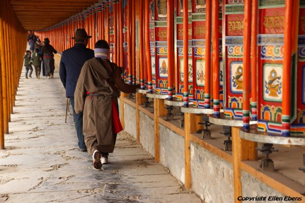 Labang Monastery, Xiahe: pilgrims walking the kora around the monastery