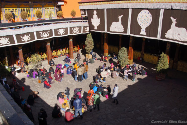 Lhasa, visiting Tibetans at the courtyard of the Jokhang Temple
