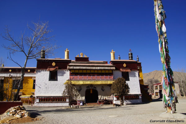 Zhatang Monastery. This monastery is located about halfway from Gonkar Airport to the city of Tsedang