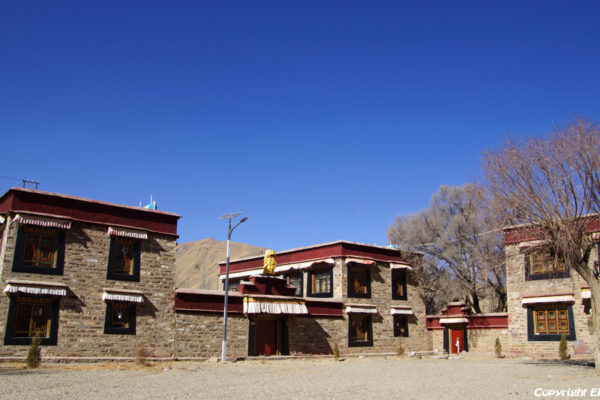 Monks houses at Zhatang Monastery