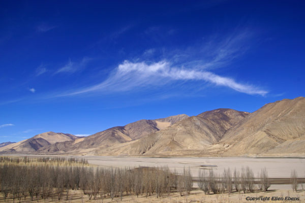 Landscape with the Yarlung Tsangpo river while driving from Shigatse to Lhasa