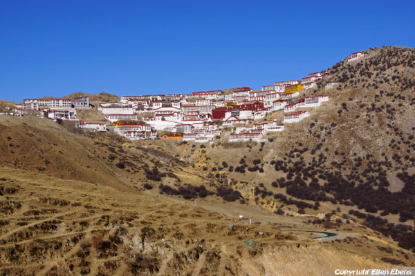 Ganden Monastery is beautifully located at the top of Wangbur Mountain