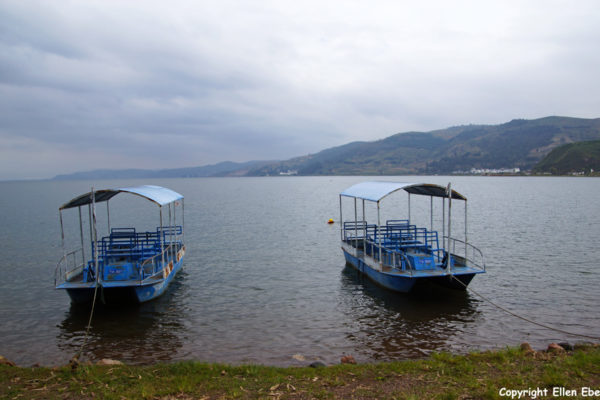 Fuxian Lake is a lake where the Chinese go for relaxing and swimming