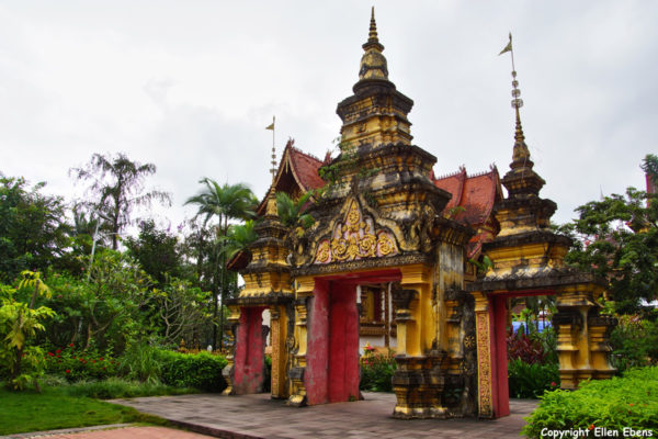 Entrance to the big Buddhist Temple at Manting Park at the city of Jinghong, Xishuangbanna region.