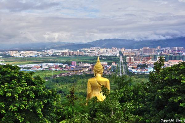 The Meng Le Temple with the big Buddha statue and view on Jinghong