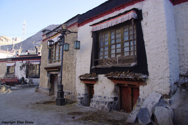 Street at the town of Gyantse in the early morning light