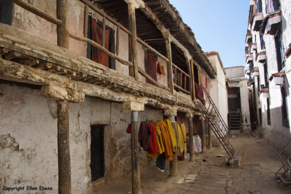 Monks housing at Tashilhunpo Monastery, Shigatse