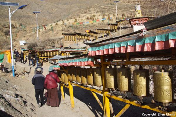 Walking the kora around Tashilhunpo Monastery, Shigatse