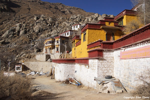 Pulchok (Purbuchok) hermitage in the mountains surrounding Lhasa