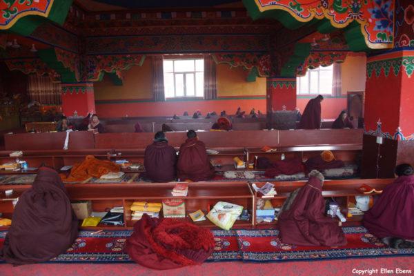 Nangchen nuns monastery